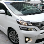 Masih Dijual : 2014 TOYOTA VELLFIRE 2.4 Golden Eyes 2 Power Door Power Boot Sunroof Half Leather